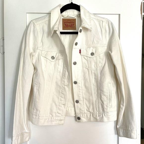 Levi's white denim jacket NWOT